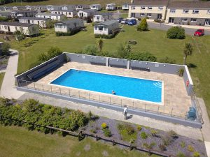 Amroth-Castle-Facilties-Outdoor-Swimming-Pool